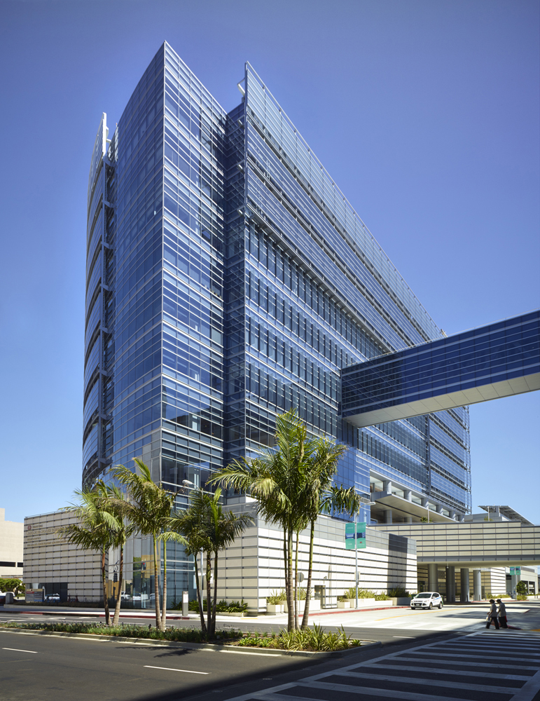 Cedars Sinai Advanced Health Sciences Pavilion Receives
