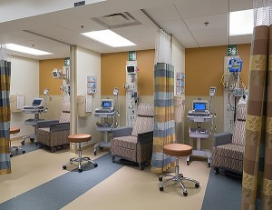 Emory University Hospital Atlanta, Georgia Jim Roof Creative, Inc. Vertical Treatment Rooms Separated by curtains, the vertical treatment rooms are designed for short-term occupancy. Patients may come, dressed in their normal clothes, and sit upright in a chair to be treated.