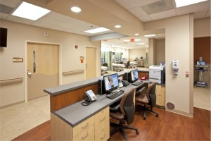 Nurse's station in the Clemmons Emergency and Ambulatory Surgery Center in Clemmons, North Carolina, for Novant Health. Photo courtesy of credit KSQ/Peterson Architects.