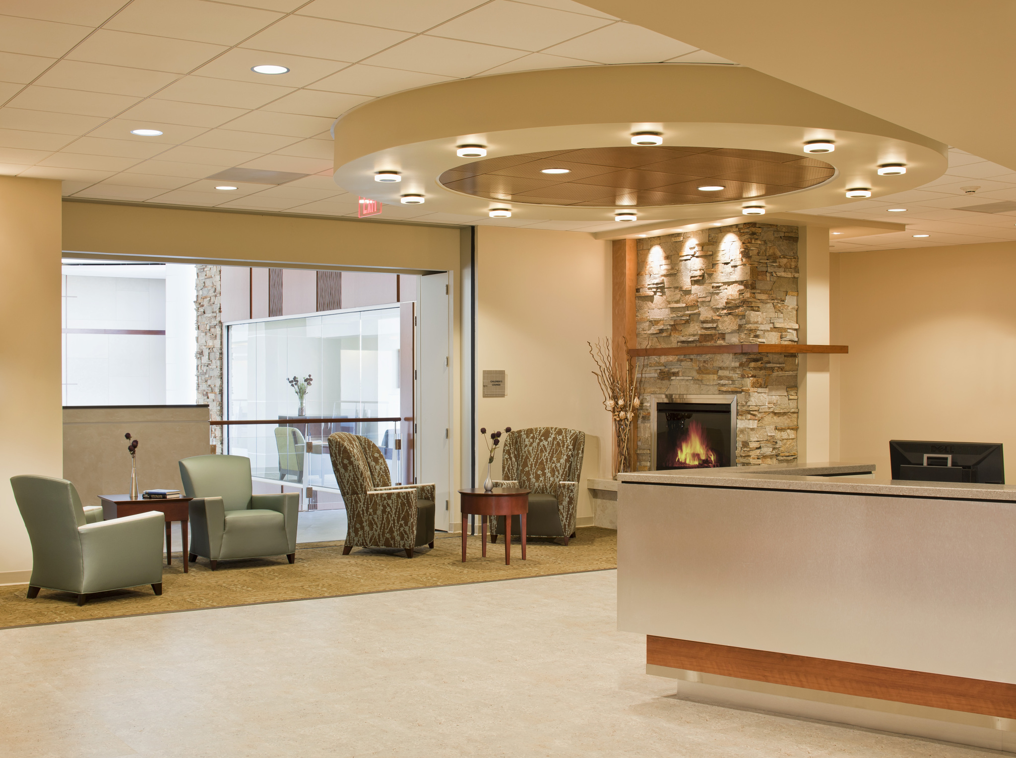Sustainable interiors help create leed gold certified for Office design help