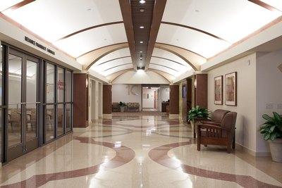 Photo 8 - Interior R