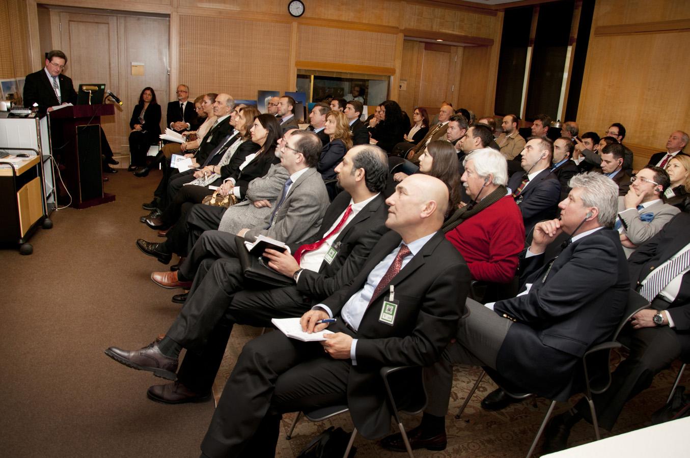Symposium_audience