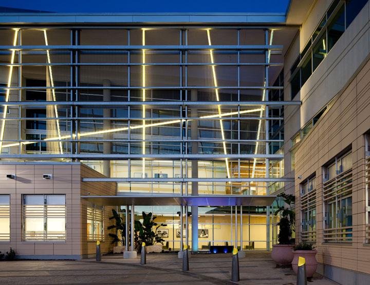 florida_hospital_tri_exterior